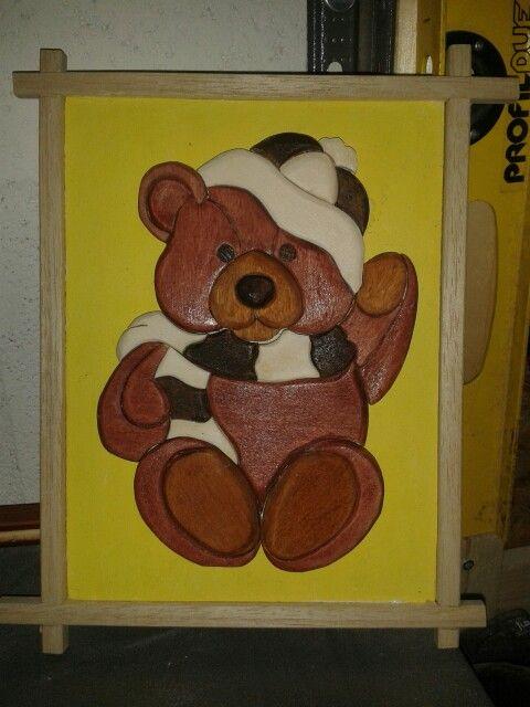 Intarsia bear