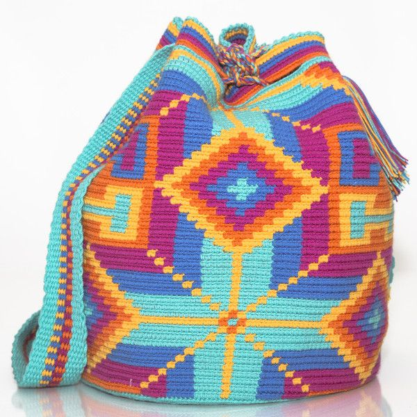 HANDMADE WAYUU MOCHILA BAGS |  WOVEN BY THE INDIGENOUS WAYUU TRIBE OF  SOUTH AMERICA www.wayuutribe.com