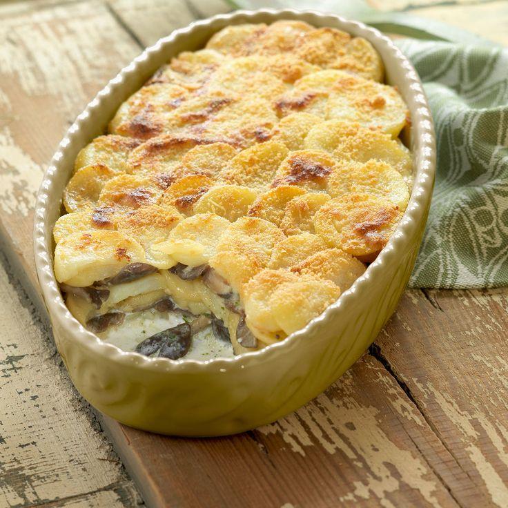 Découvrez la recette Gratin de pommes de terre aux cèpes sur cuisineactuelle.fr.