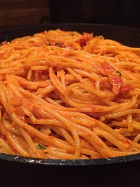 Ajvar - Knoblauch Nudeln, ein schmackhaftes Rezept aus der Kategorie Pasta & Nudel. Bewertungen: 110. Durchschnitt: Ø 4,2.