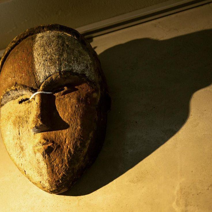 "mask ""shop&gallerySOMETHING"""