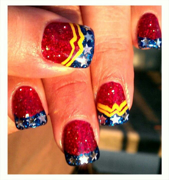 Light Elegance gel: Wonder Woman nails :-)