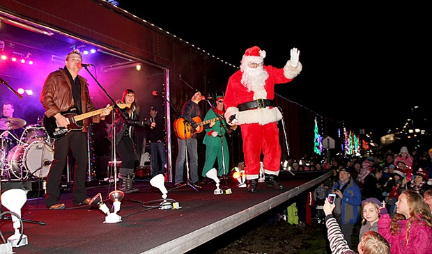 Santa Claus danced on stage and waved at the kids who came to see him at the 14th annual Canadian Pacific Santa Train in Port Haney on Tuesday evening.