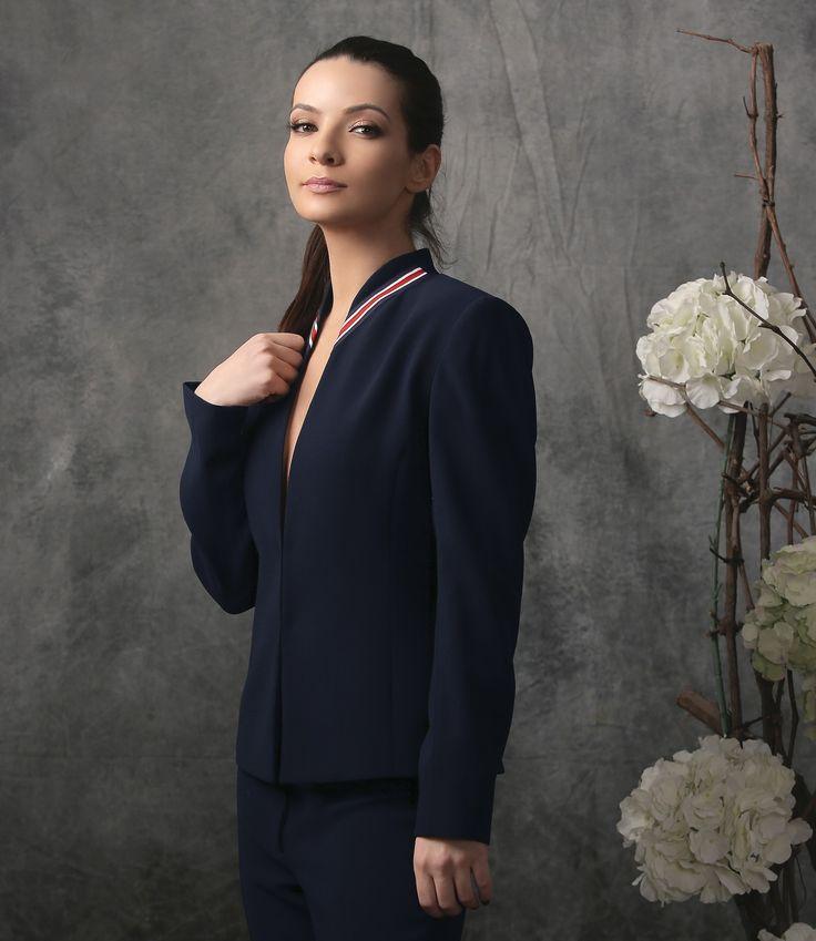 Elegant at the office and always Spring17 | YOKKO  #jacket #stripes #blue #red #business #office #women #style #fashion #yokko
