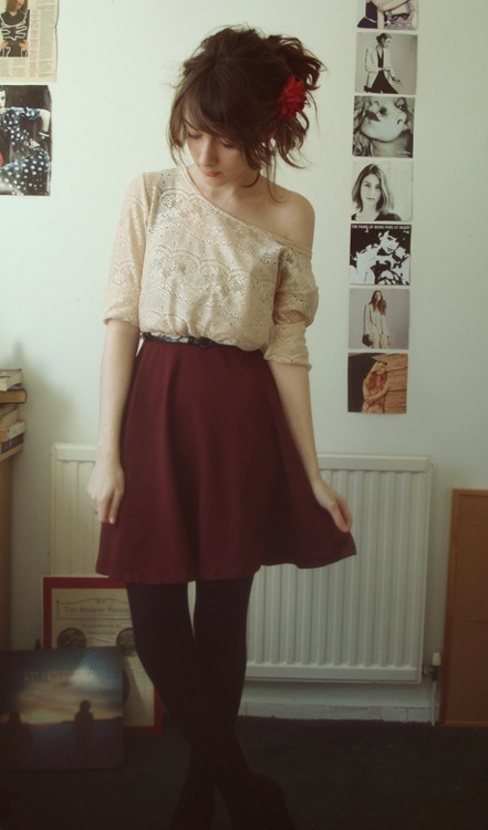 this is so cute! I wish I could dress like this
