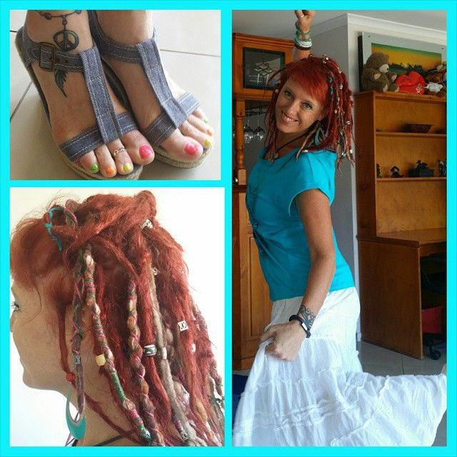 ✌#Style and #fashion... yesterday I went super #casualwear with a gorgeous blue t shirt and a #hippie long skirt. 😆#wedgeshoes and my  #dreadlocks half up and down💖. Fun Friday off work🌞. #hippieatheart #hippiefashion #bohemiamfashion #bohemian #babydreads #dreadmama #dreadsforfinehair #wooldreads #womanwithdreads #ladieswithlocks #womenwithdreadlocks #hippieatheart #dreadlifestyle #hippiespirit #freespirit #gypsy #creativewriting #creativity #artisticcreations