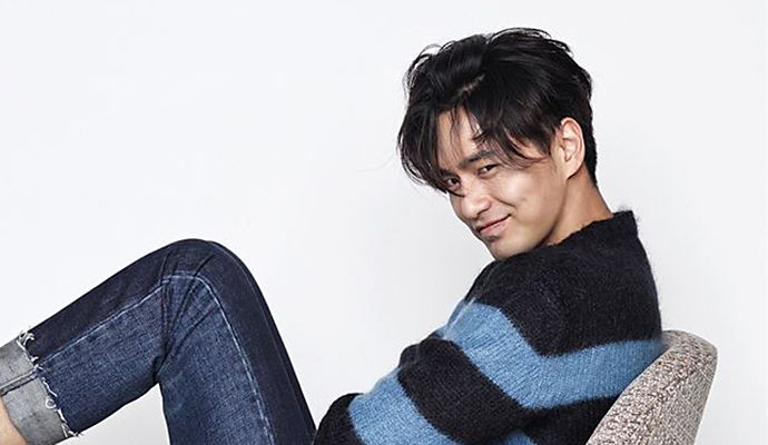 Lee Jin Wook Is Listless Yet Still Fetching For LEON