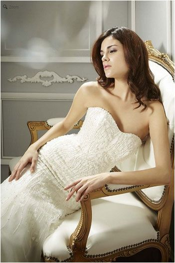 Saison Blanche Wedding Gown - Boutique Collection - Style #B3153