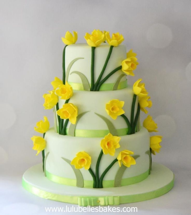 Daffodil cake by Lulubelle's Bakes