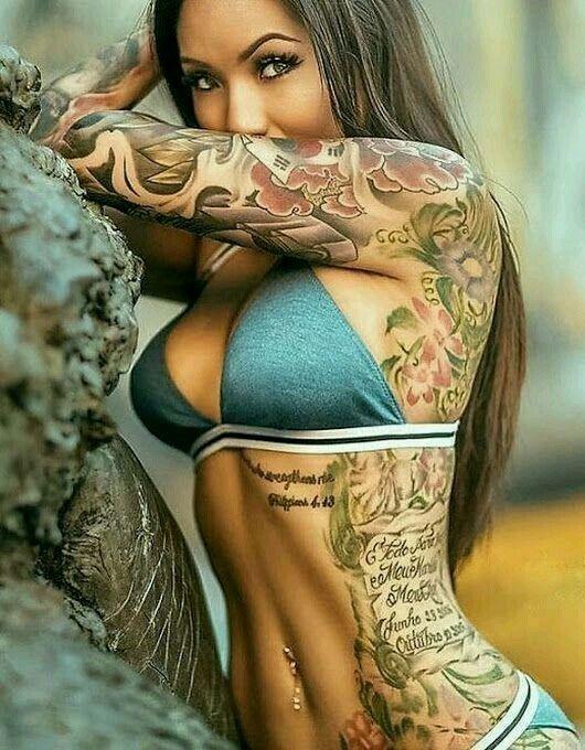 Hot tattooed girl pics