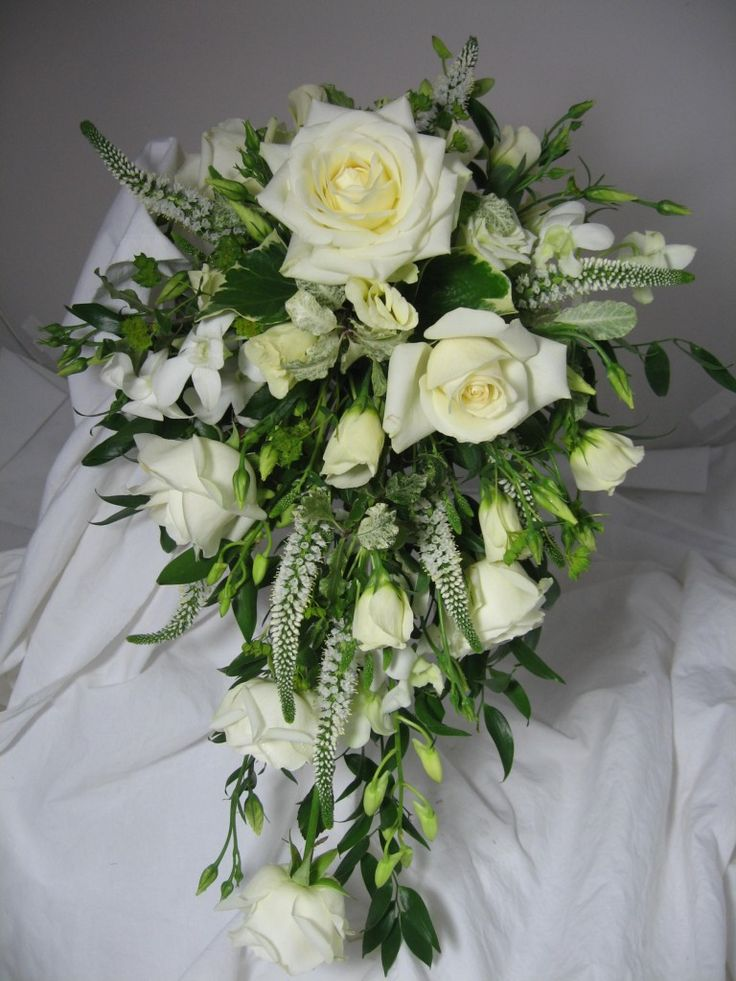 97 best images about teardrop bouquets on pinterest