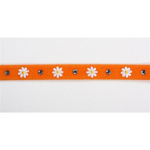 He loves me, he loves me not... It'll be puppy love when you see this daisy embroidered dog collar on your precious pup! The whimsical, floral dog collar designed by Susan Lanci invites thoughts of a sunny Spring day with its delicately embroidered daisy