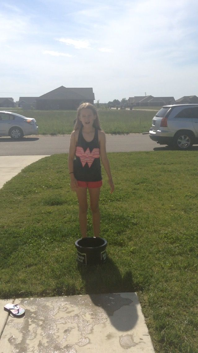 Me and my sister do the ice bucket challenga