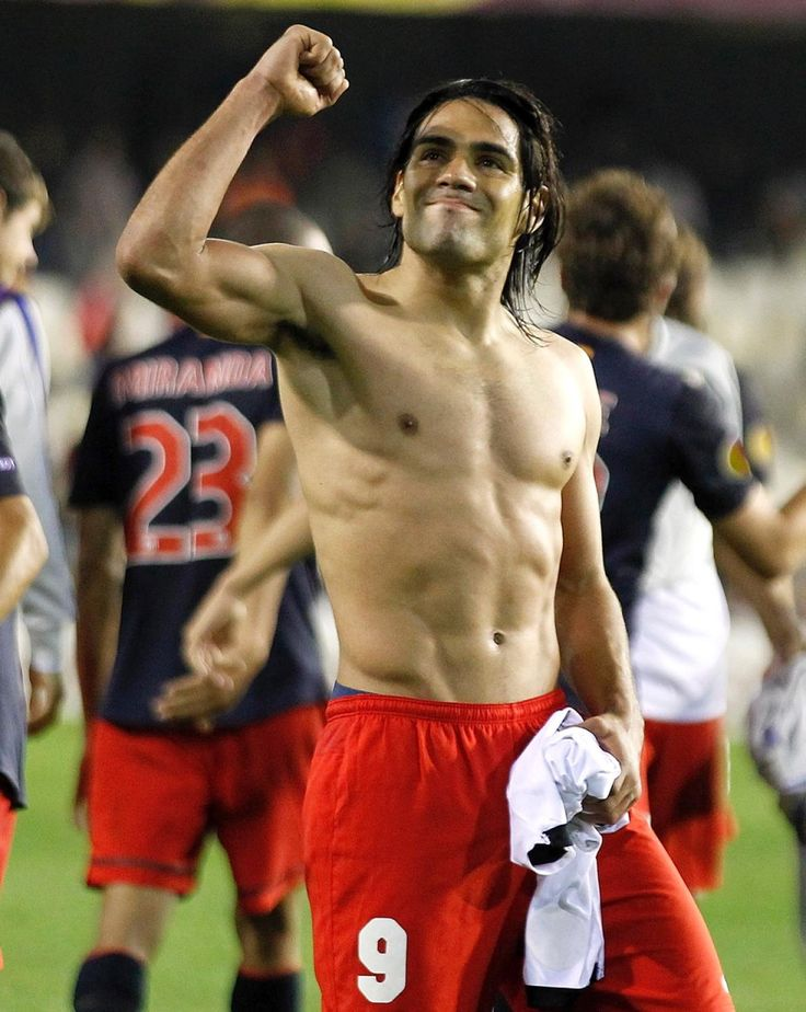 """Radamel Falcao isn't afraid to strip off and flaunt his incredible body on the pitch. Cited among the top strikers in the world, the Colombian player has also been named """"The Sexiest Footballer Alive"""" by Glamour magazine in its June 2014 issue. No arguments here!"""