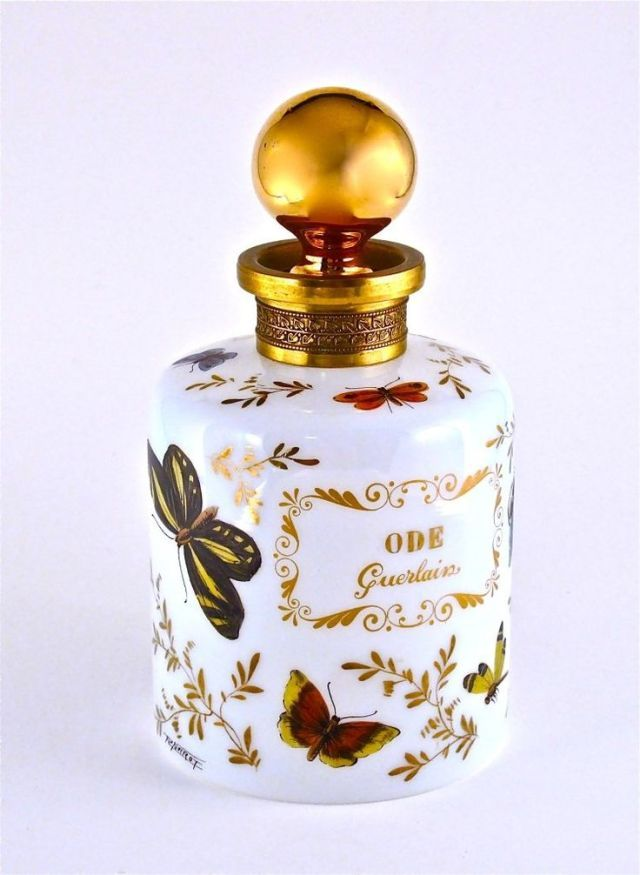Tendance parfums 140: 1955 Guerlain Ode Opaline Perfume Bottle : Lot 140