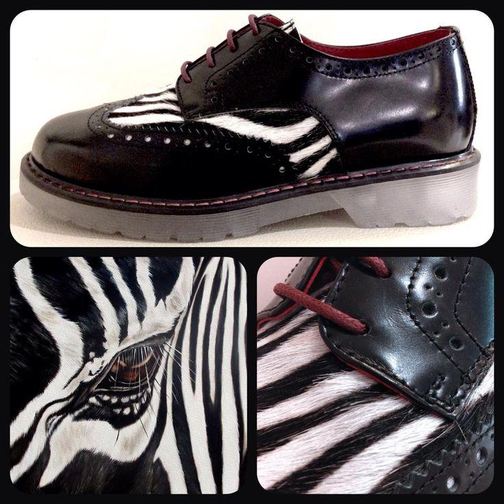 Scarpa in vernice nera con inserto in cavallino zebra Maison Zero Q