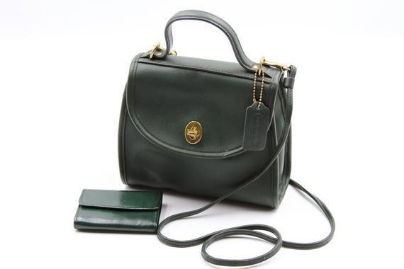 Coach Regina Green Leather Crossbody Bag 9983 with #bag #Coach #Coin #Crossbody … Coach Regina Green Leather Crossbody Bag 9983 with <a class=