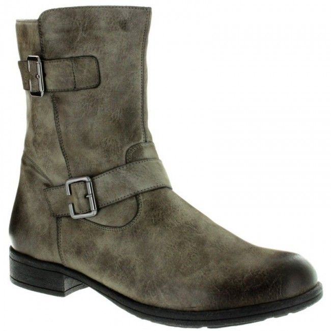 Womens ankle boots in cigar color. Soft and removable insole, rubber non-slip sole in large sizes from Remonte.