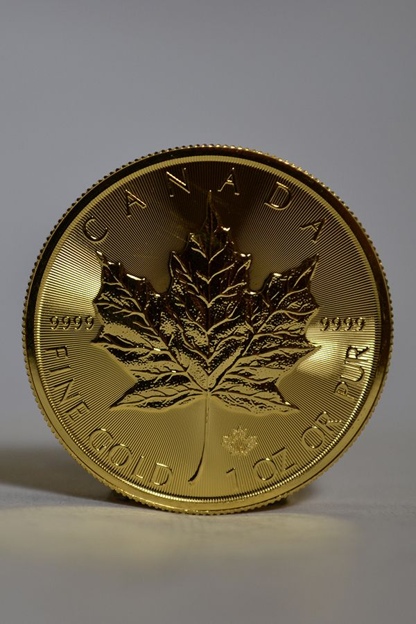1 Oz Canadian Gold Maple Leaf Coins For Sale Money Metals Gold And Silver Coins Gold Coin Wallpaper Gold Bullion Coins