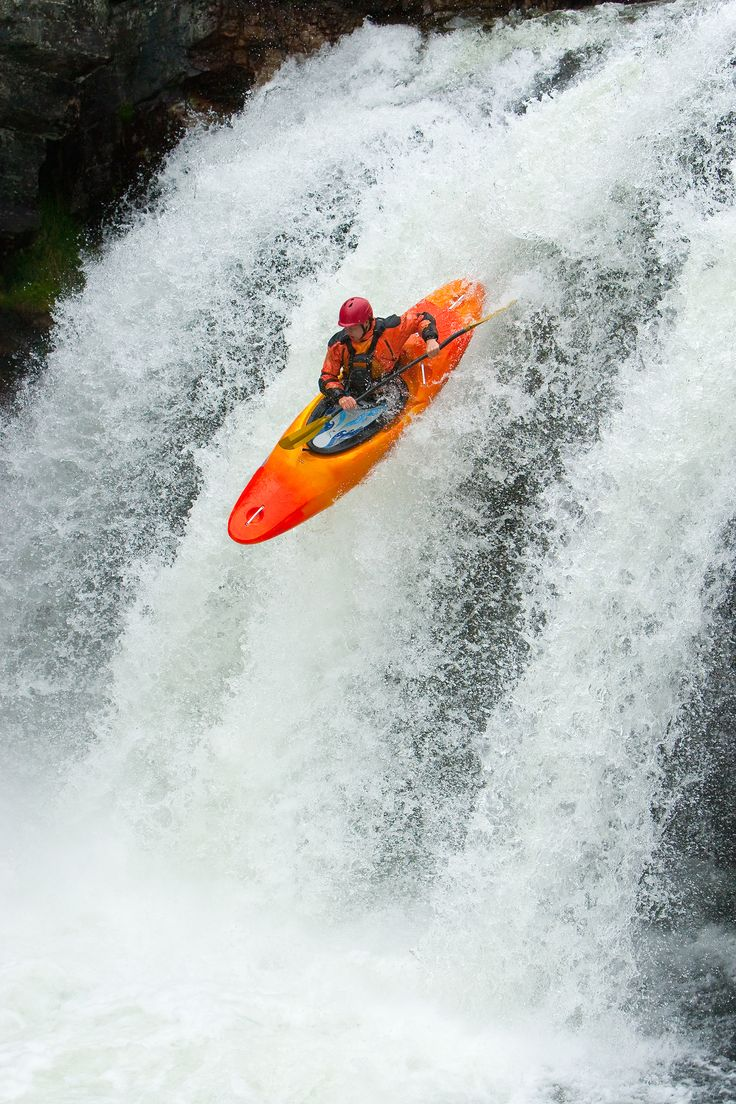 Extreme white water kayaking www.dirtyboots.co.za #dirtyboots…