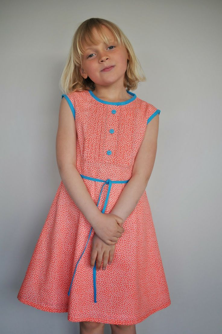 49 best Kleedjes images on Pinterest | Sewing patterns, Sewing ...