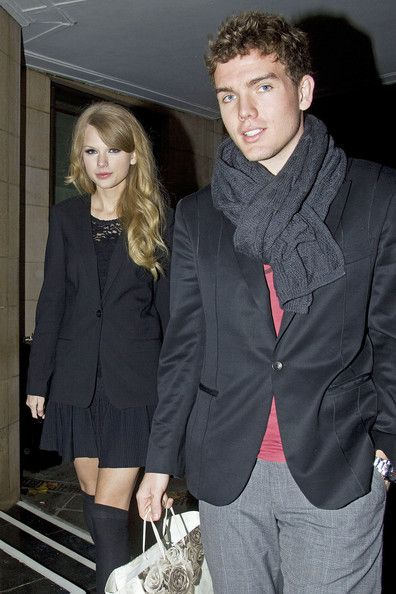 Taylor Swift and Austin Swift Photos - The Weinstein Company/Netflix's Golden Globes Afterparty - Zimbio