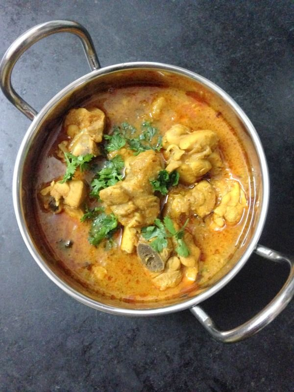 Chicken Curry Recipe is the most delicious chicken curry and is the most sought after recipe by everyone. #chicken #chickenrecipes #chickencurry #lunch #dinner