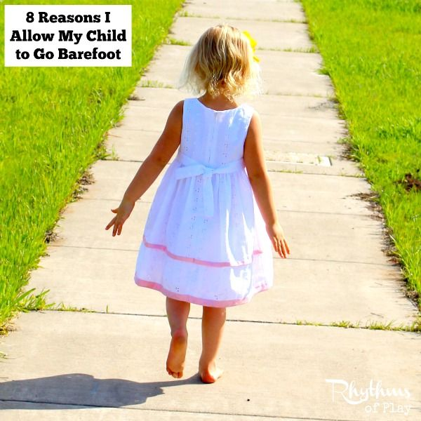 Allow your children to set their feet free and go barefoot whenever they can. The feet and sensory systems can develop properly when a child is allowed to go barefoot.Click through to find out all of the amazing benefits of going barefoot while playing outside!