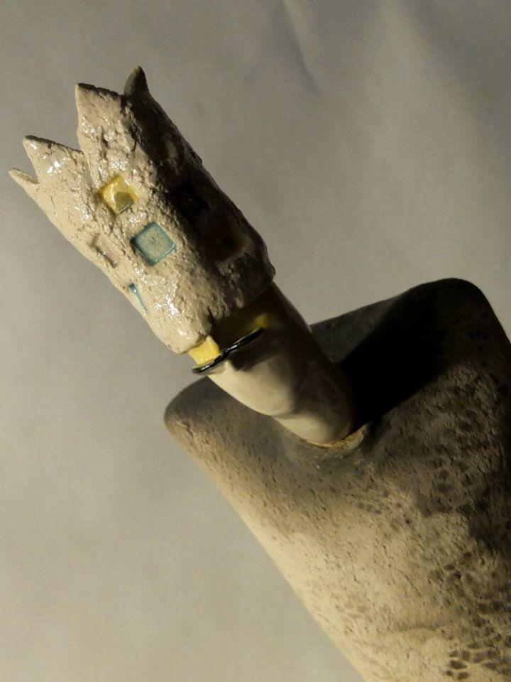 Keramikkskulptur, lagt ut til utlodding på https://www.facebook.com/inga.bjornsdottir/media_set?set=a.10151785428186330.1073741828.629746329&type=3