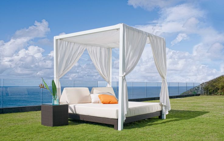 There is no better way to #Relax and enjoy the fresh air. This beautiful piece is from #FioreRosso #Skyline collection. For more information you can visit the link below.  http://www.fiore-rosso.com/fiore-rosso-by-skyline-design/  #OutdoorFurniture