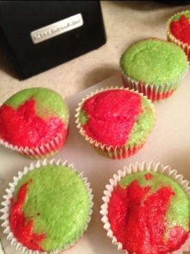 Raspberry-lime cupcakes | feed me | Pinterest