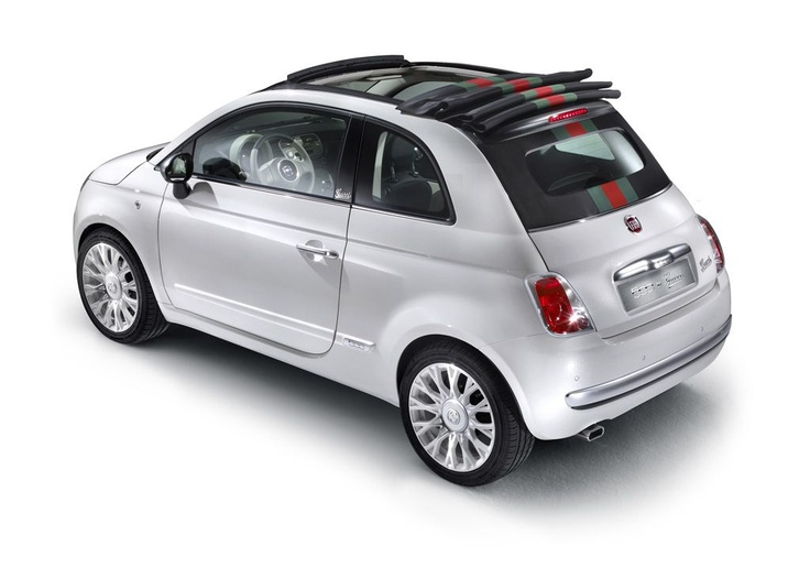 Fiat 500C by Gucci. White with matter chrome-plated elements.  http://www.fiat500bygucci.com