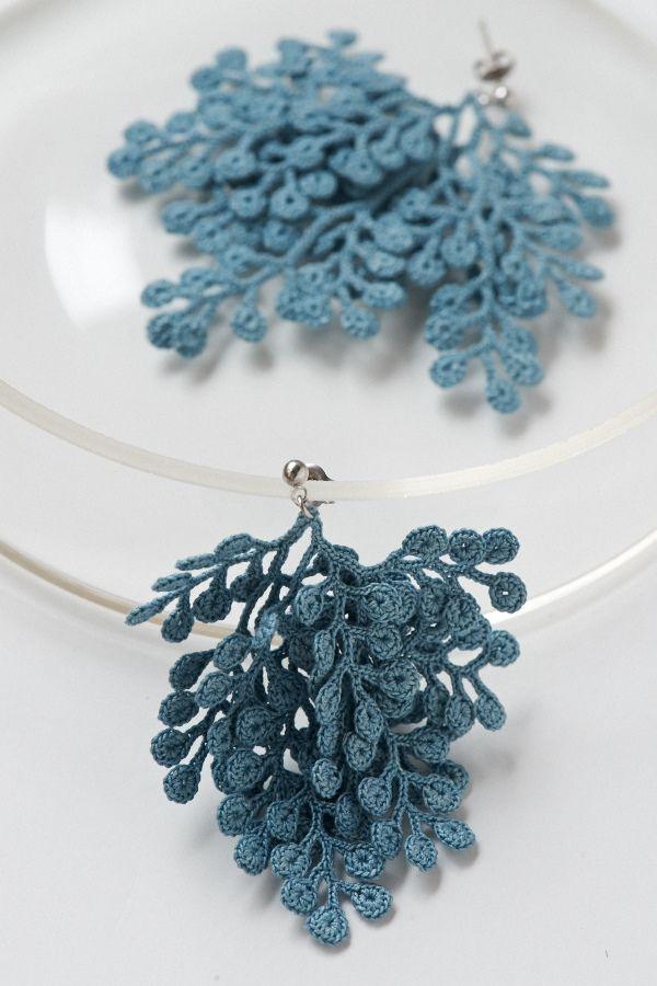 crochet earrings by Miho Fujita