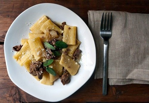 Chicken Liver, Cipollini Onions and Sage with Rigatoni. (I need more yummy ways to serve chicken liver! This looks delish!)
