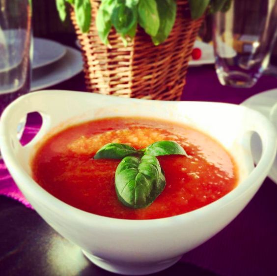 Gazpacho Suppe wunderbar für heisse Sommertage