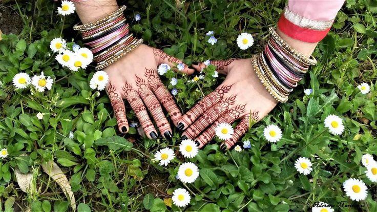 Guida ai tatuaggi con hennè, per decorare il corpo e il viso in modo delicato e non permanente.