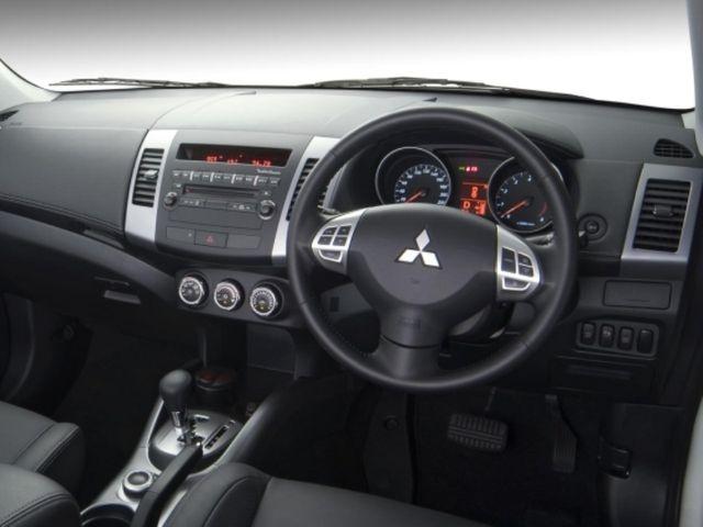 McCarthy Call-A-Car: New MITSUBISHI Outlander 2.4i GLS MIVEC CVT. www.callacar.co.za