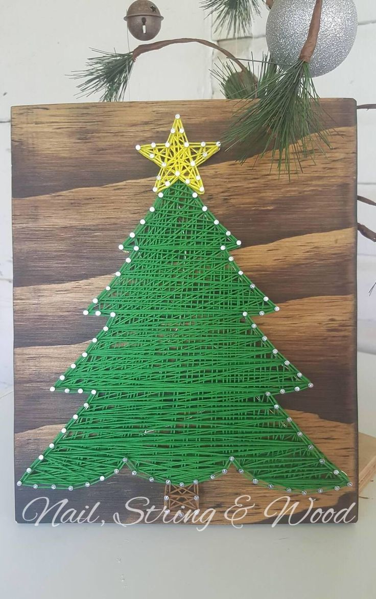 String Art Christmas Tree- Christmas Tree String Art- Christmas String Sign- Nail String Art- Christmas Decor- Christmas String Art- Sign