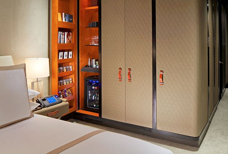 The Chatwal, a Luxury Collection Hotel, New York City - Guest Room closet