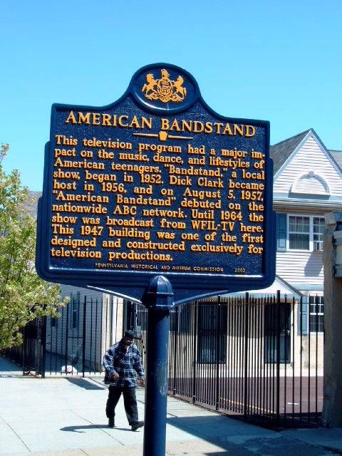 On Aug. 5, 1957, American Bandstand debuted to a nationwide audience on the ABC Television Network . Until 1964, the popular show was broadcast from WFIL-TV in Philadelphia, Pennsylvania . http://on.fb.me/1hjK20B