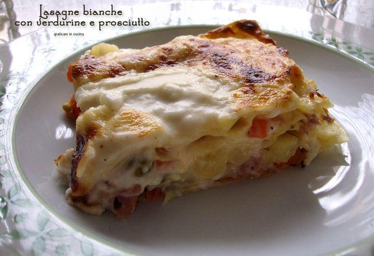 Lasagne bianche con verdurine e prosciutto. Queste lasagne sono nate perché oggi per tutta la famiglia, con mia mamma, abbiamo fatto le lasagne con ........