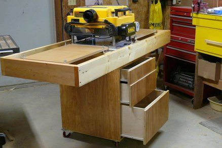 Dewalt 735 Workstation With In Outfeed Tables Each Table Has 4 Adjustment Bolts So They Can Be Precisely Adjusted To Match The Planer Ta