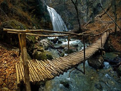 Водопад Джур-Джур. Недалеко от Судака.