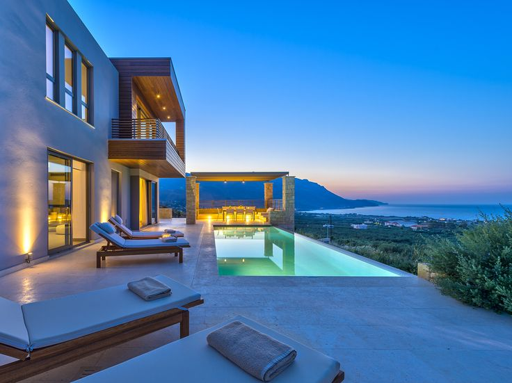 Eight beautiful self-catering, #private #villas sleeping 3-7, with stunning sea views, private pools, and a peaceful location on the beautiful north-west coast of #Crete .... #Youphoria #Villas : http://www.cretetravel.com/hotel/youphoria-villas
