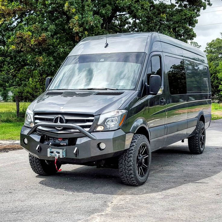 Mercedes Sprinter 4x4 on Pinterest | Benz sprinter, Mercedes sprinter ...
