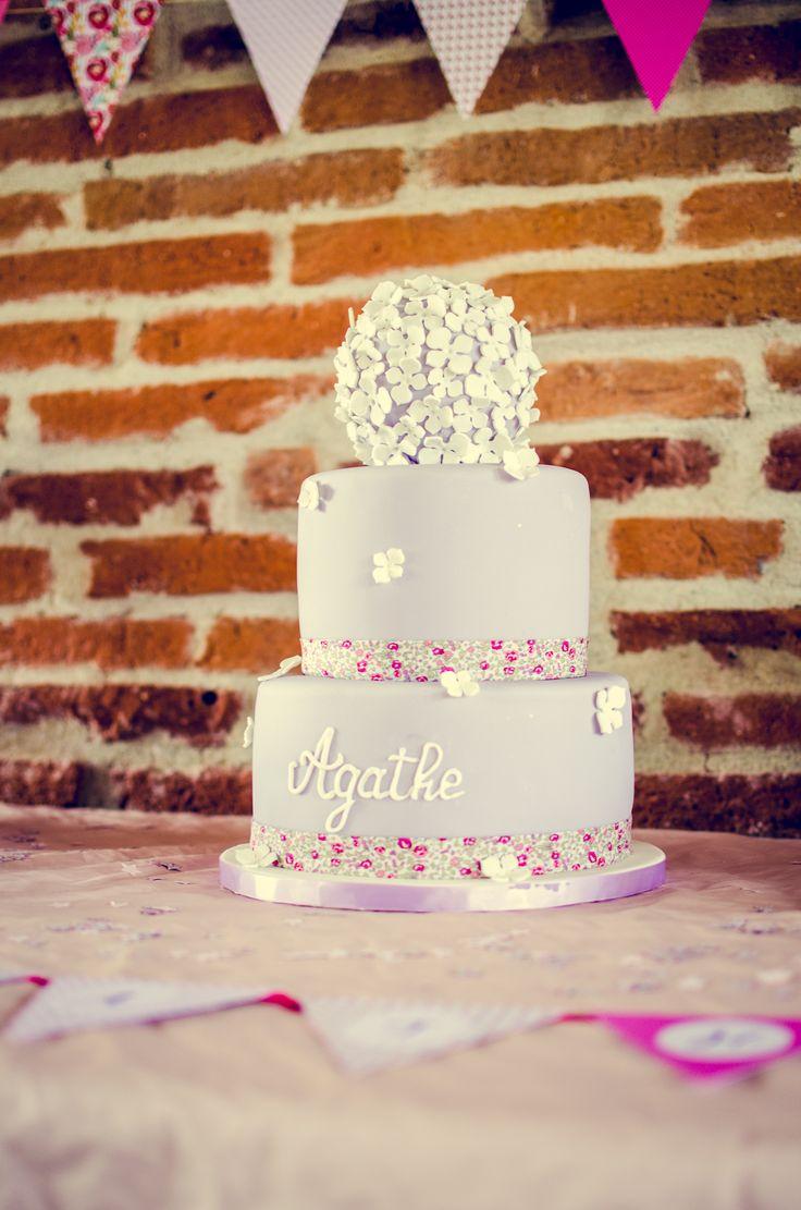 Sweet table - Baptême Agathe - thème Liberty : wedding cake #baptism #baptême