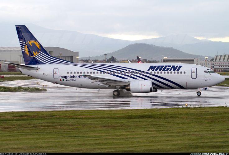 Magnicharters (August 1, 2013) Boeing 737-322 / XA-UNM