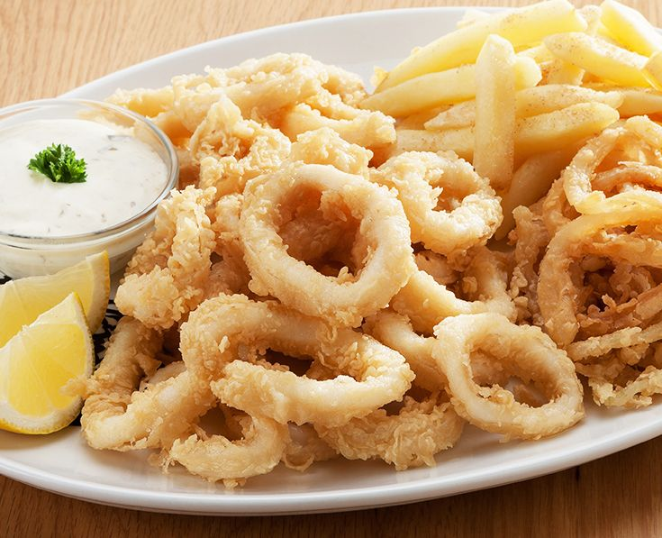 Calamari: Lightly dusted, flash-fried calamari rings (250g). Served with tartare sauce. Read more: https://www.spur.co.za/menu/schnitzel-and-seafood/