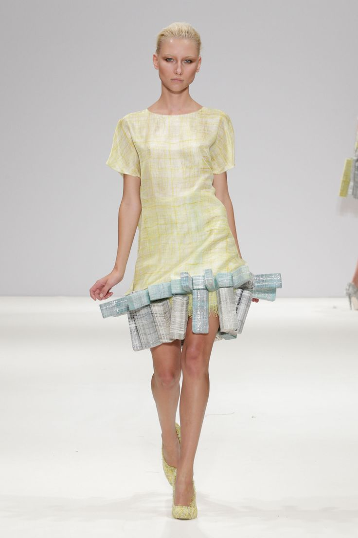 Hellen van Rees SS13 look 2 #SS13 #hellenvanrees #fashion