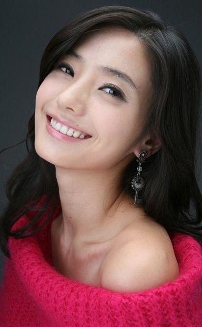 Han ChaeYoung #한채영 (Birth Name: Kim JiYoung)